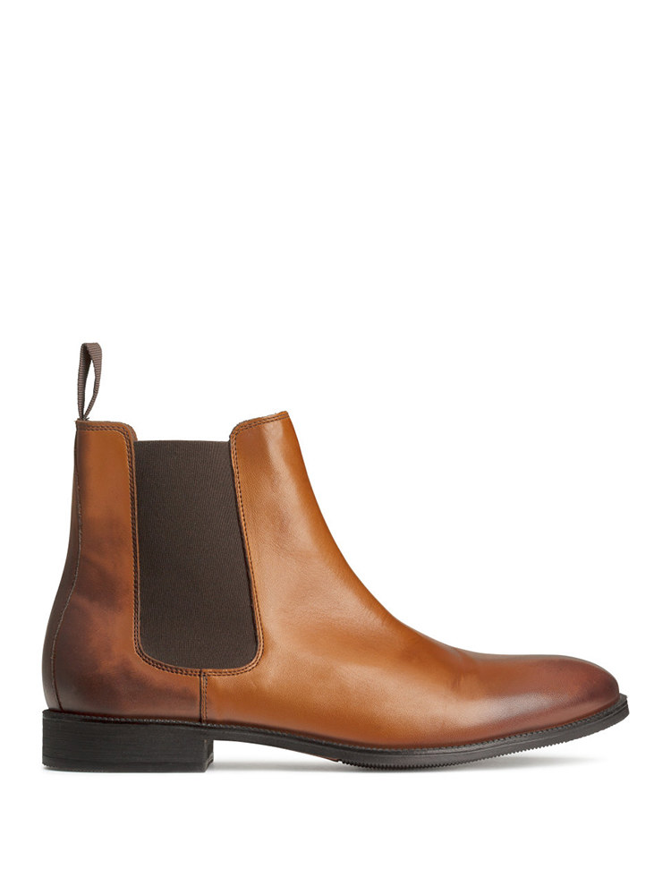 Thursday Boot Company Duke Men's Chelsea Boot. Ah, the rich honey suede. The classic Chelsea design. Yes, there's plenty to like about Thursday Boot Company's Duke Men's Boot. You even have to like their determination to put the best possible product on the market.